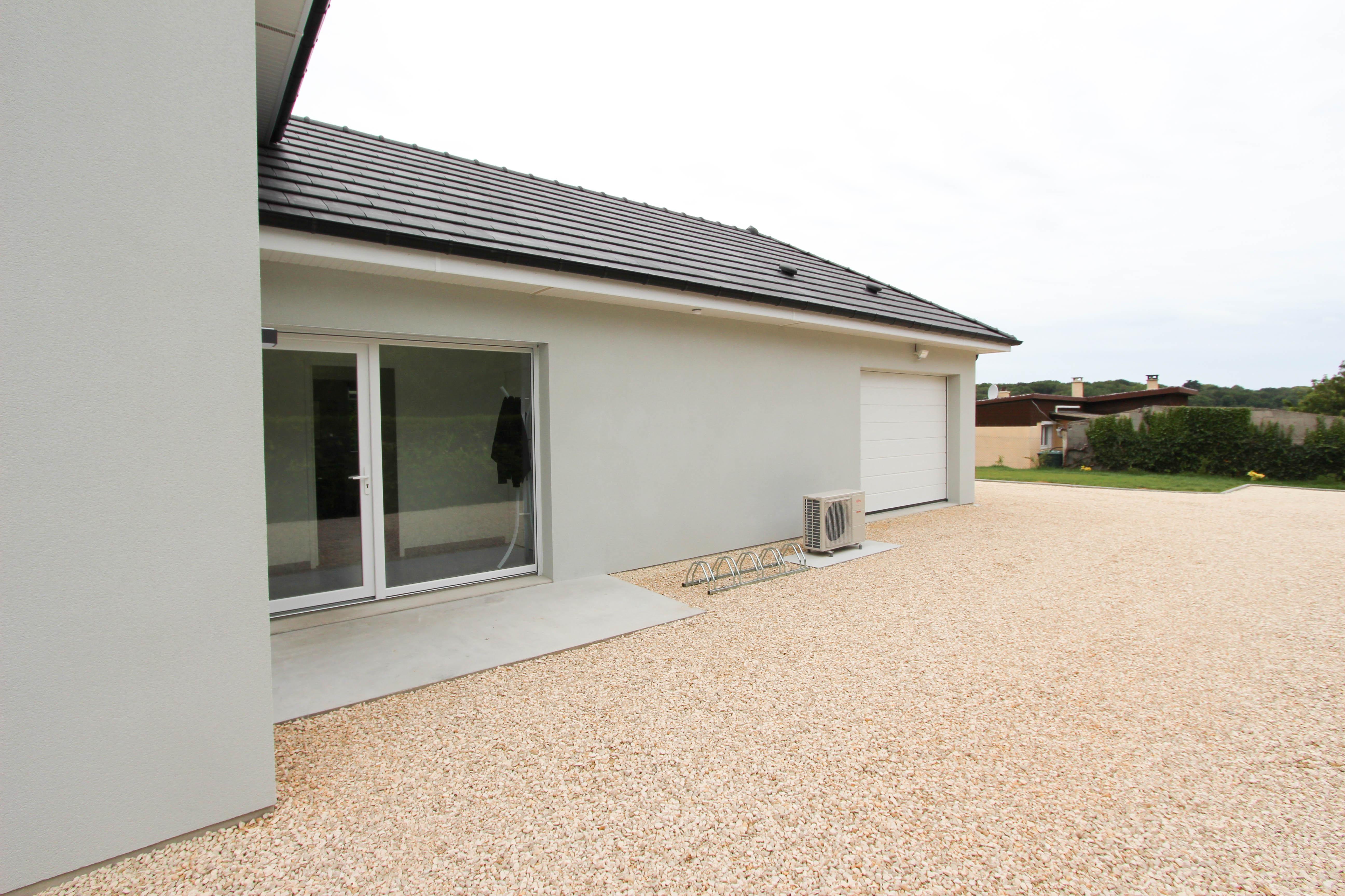 parking de la villa rubis location gîte varengeville-sur-mer pourville-sur-mer